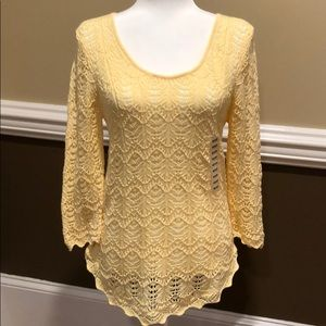 Jeanne Pierre Yellow Sweater. MEDIUM. Lightweight